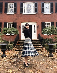 Carolina Pinglo -  - Plaid Skirt