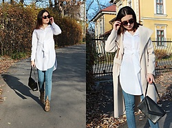 Sabina S. -  - WHITE LONG SHIRT