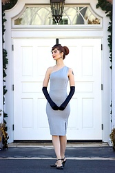 Bleu Avenue - Femme Luxe Silver Glitter One Shoulder Midi Dress Brianna - Tinsel Time with Glitter Dresses