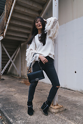 Kimberly Kong - Stitchfix Ripped Jeans, Forever 21 Chunky Knit Sweater - Cute Chunky Knits That Are All Under $50