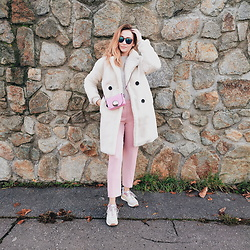 Tímea C - Bershka Coat - Pretty in pink