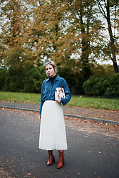 Daniella Robins - Reiss Skirt - Outfit: Autumn Blues