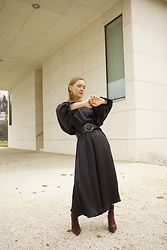 Anna Borisovna - Zara Dress, Massimo Dutti Belt, Mango Boots - The Black Dress