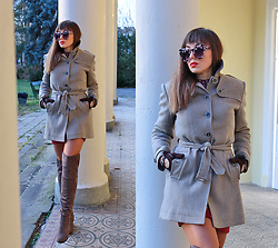 Jointy&Croissanty © -  - Taupe wool coat