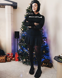 Priska Gomez - Stradivarius Faux Leather Beret, Ebay Worst Behavior Sweater, Pull & Bear Plaid Skirt, Zara High Combat Boots - Spoiled Brat
