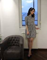 Jelena - Zara Retro Dress, Asos Pointy Heels - 80s dress