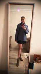 Blue Bird -  - Oversize sweater and boots