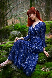 Bleu Avenue Ofbleuavenue - Chic Wish Glory Of Love Star Print Maxi Dress In Navy - Wish Upon a Star