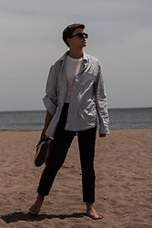 Georg Mallner - Topman Shirt, Asos Tshirt, H&M Pants, Vans, Ray Ban Sunglasses - January 05, 2020