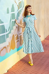 Bleu Avenue - Karina Margaret Dress In Birds Of Paradise - Travel Dresstination