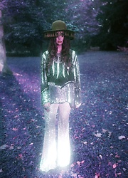 Muzzy Stardust - Vintage Sequin Blouse, Sequin Flares - Starry days ✫*¨`*✶
