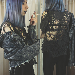 Brooke R. - Urban Outfitters Cobweb Tee, Secondhand Black Lace Cage Bralette, American Apparel Black Disco Pants, Forever 21 Cut Off Acid Wash Denim Jacket - I had a dream that you couldn't hear me screaming
