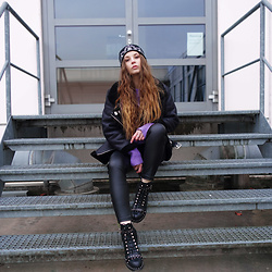 OH ANNE (BLOGGER) -  - Winter Biker Pilot Jacket, Pullover, Leather Pants & Boots