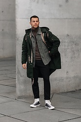 Kevin Elezaj - Converse Sneakers, Allsaints Suit Pants, United Colors Of Benetton Turtleneck, Closed Jacket, Wood Jacket - Layers