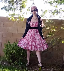 Saguaro Style - Anthropologie Tulle And Roses Maeve Dres, Swedish Hasbeens Heart Medallion Clogs - 02.13.20