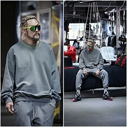 INWON LEE - Byther Neon Color Pigment Sweatshirt, Byther Neon Color Pigment Jogger Sweatpants - Gray Sweats