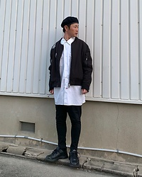 ★masaki★ - Rothco Beret, Komakino Oversized Bomber, Dickies 90's Oversized Workshirts, Asos Jeans, Nike Air Monarch - Black & White