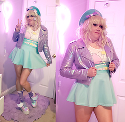 PastelKawaii Barbie - Forever21 Rainbow Iridescent Lavender Moto Jacket, Cosmic Unicornz Holographic Lavender Bow, Storenvy Little Twin Stars Shirt, Ebay Mint Green Suspender Skirt, Ebay Mint Green Beret, Chocomint Fluffy Star Clip, Ebay Lavender Holographic Heart Choker, Yru Iridescent Platforms, Cutiekill Moon Lavender Socks - ⭐Minty Little Twin Stars⭐