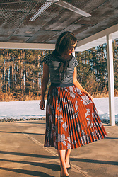 Lindsey Puls - Modcloth Skirt, Unique Vintage Top - Mixing Stripes and Florals