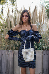 Jenny Mehlmann - Femme Luxe Dress, Zara Gloves - @thehungarianbrunette // LEATHER PUFFS & PEARLS