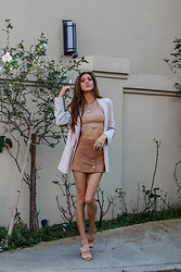 Jenny Mehlmann - Zara Shapewear Top, Forever 21 Faux Suede Skirt, Michael Kors Sandals - @thehungarianbrunette / The Neutral Edit look 3