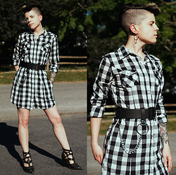 Carolyn W - Plaid, Asos Ring & Chain, Jeffrey Campbell Shoes Tesoro - Buffalo Check