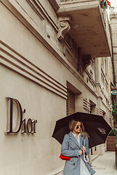 Joicy Muniz - Vintage Sunnies, Object Blazer, Strathberry Bag - Rainy Day