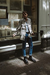 Kevin Elezaj - Dr. Martens Boots, Urban Outfitters Jeans, Uniqlo T Shirt, Urban Outfitters Shirt, Ray Ban Glasses - Amsterdam