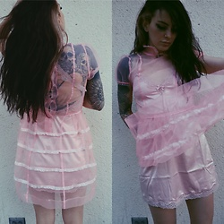Wawa Baby -  - I don't like pink but I like this Dres