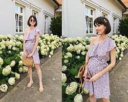 Daisyline . - Mango Dress, Zara Flats, Mango Bag - Flower dress - pregnant style / IG: daisylineblog