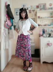 Lulu Longstocking - Thrifted Vest, Vintage Floral Skirt, Second Hand Velvet Boots - Retro