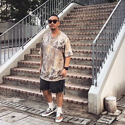 Mannix Lo - Fear Of God Oversize Floral Print Tee, Washed Cargo Shorts, Vans Tiger Patchwork Era Sneakers - Overthinking is biggest cause of unhappiness