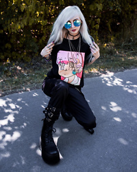 Kimi Peri - Cornerveis Harajuku Shirt, Cornerveis Hip Hop Overall Pants, Black Platform Boots, Choker, You Are My Poison Blue Glasses - Pink Mood 💕