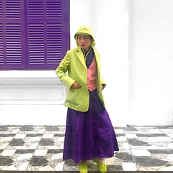 Aww Nhi - Lining Neon Shoes, Long Skirt, Neon Green Blazer, Japanese Kid Hat, Purple Turtle Neck, Pink Vest - Bright day